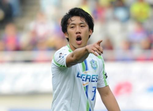 浦和、湘南の日本代表DF遠藤が完全移籍で加入「タイトル獲得のため」