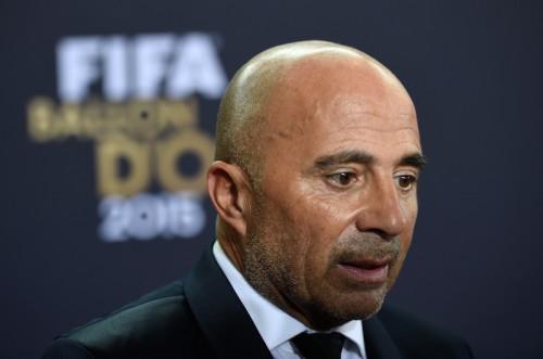 南米王者チリ、FIFA最優秀監督候補のサンパオリ監督と契約解消