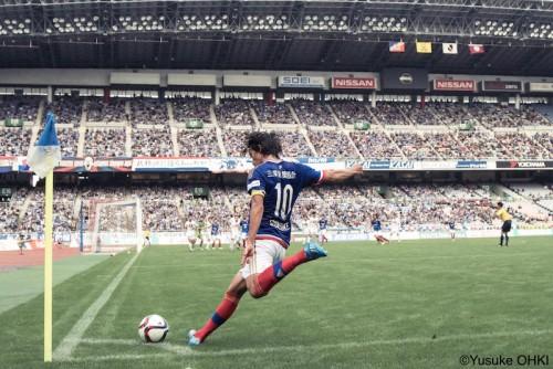 横浜FM、37歳MF中村俊輔など10選手と契約更新…齋藤学や伊藤翔も