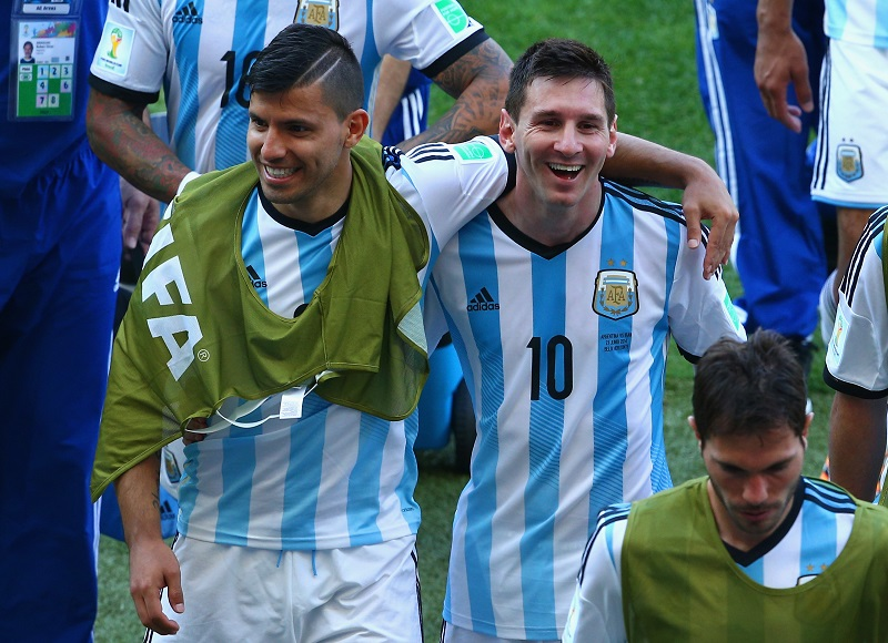 BELO HORIZONTE, BRAZIL - JUNE 21: Sergio Aguero (L) and Lionel Messi of Argentina react while walking off the field after defeating Iran 1-0 during the 2014 FIFA World Cup Brazil Group F match between Argentina and Iran at Estadio Mineirao on June 21, 2014 in Belo Horizonte, Brazil.  (Photo by Ian Walton/Getty Images)