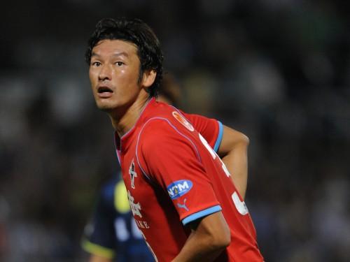 熊本、35歳の元日本代表FW巻誠一郎と契約更新…J2で39試合3得点