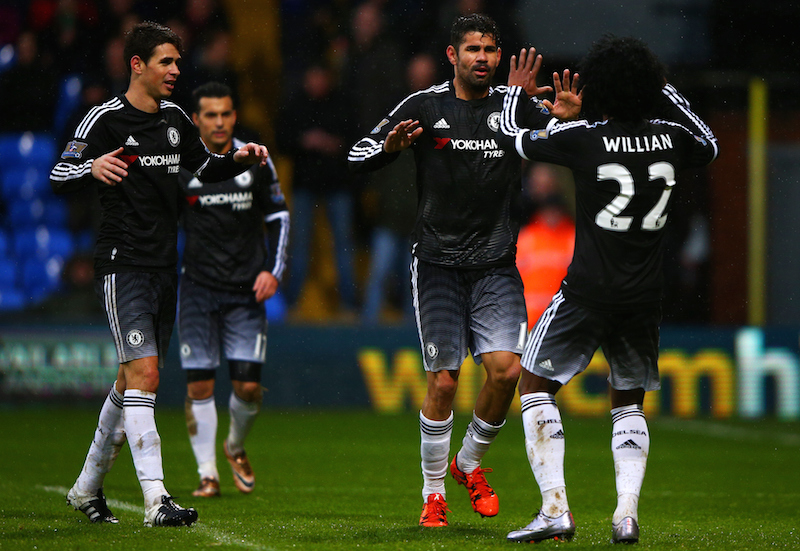 LONDON, ENGLAND - JANUARY 03:  Diego Costa of Chelsea celebrates with team-mates after scoring his team's third goal during the Barclays Premier League match between Crystal Palace and Chelsea at Selhurst Park on January 3, 2016 in London, England.  (Photo by Ian Walton/Getty Images)