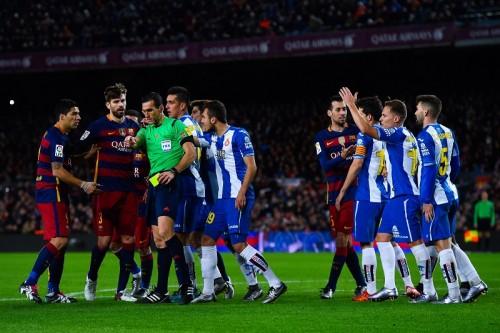 大荒れのバルセロナダービー…スアレスが試合後暴言「お前らはクソ」