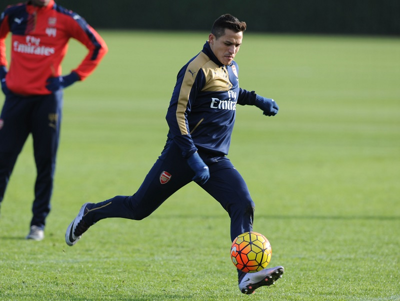 ST ALBANS, ENGLAND - JANUARY 16: of Arsenal during a training session at London Colney on January 16, 2016 in St Albans, England. (Photo by Stuart MacFarlane/Arsenal FC via Getty Images)
