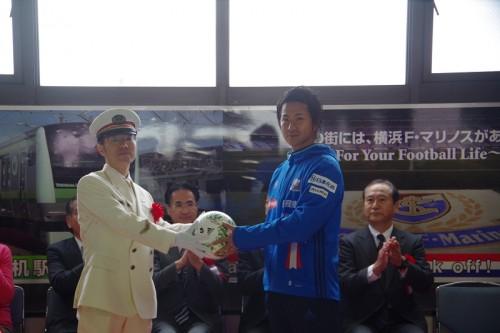 JR横浜線小机駅の発車メロディが横浜FM応援歌『We are F・Marinos』に変更