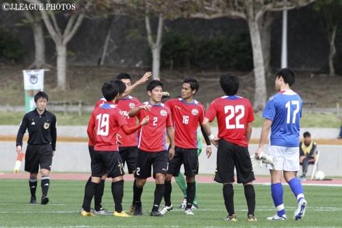 FC琉球、藤澤のループ弾などで東京Vに快勝…沖縄ラウンド優勝に前進