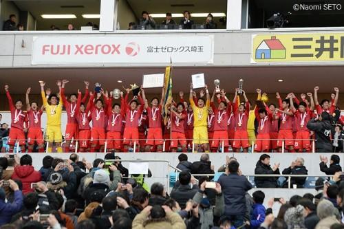 攻守一体の高い完成度…東福岡が國學院久我山を圧倒/選手権決勝