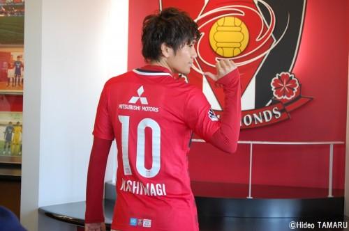新背番号で戦う浦和MF柏木、槙野の10番希望は「チームが断固拒否(笑)」