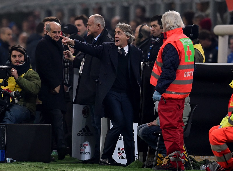 during the Serie A match between AC Milan and FC Internazionale Milano at Stadio Giuseppe Meazza on January 31, 2016 in Milan, Italy.
