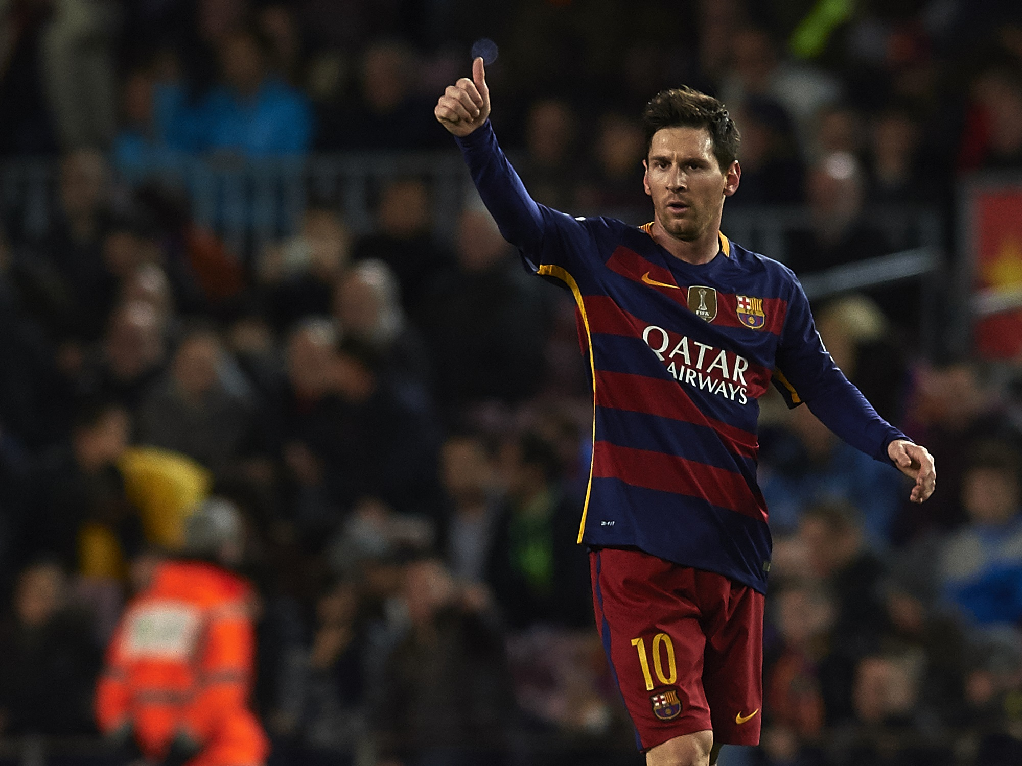 BARCELONA, SPAIN - FEBRUARY 03:  Lionel Messi of Barcelona celebrates scoring his team's third goal during the Copa del Rey Semi Final, first leg match between FC Barcelona and Valencia CF at Nou Camp on February 03, 2016 in Barcelona, Spain.  (Photo by Manuel Queimadelos Alonso/Getty Images)