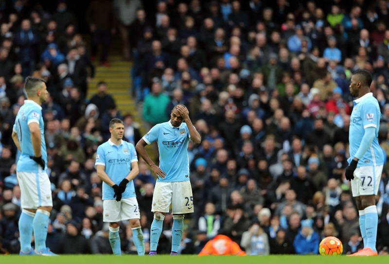 MANCHESTER, ENGLAND - FEBRUARY 06:  A dejected Fernandinho of Manchester City after Leicester City scored their third goal during the Barclays Premier League match between Manchester City and Leicester City at the Etihad Stadium on February 06, 2016 in Manchester, England.  (Photo by Matthew Ashton - AMA/Getty Images)