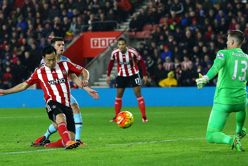 during the Barclays Premier League match between Southampton and West Ham United at St Mary's Stadium on February 6, 2016 in Southampton, England.