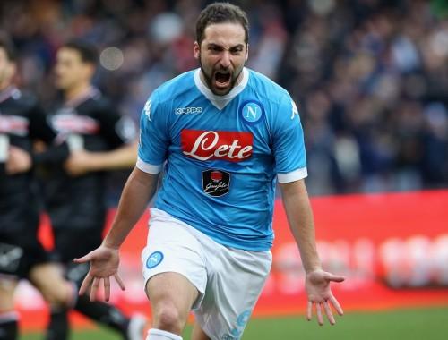 リーグ24得点のイグアイン、複数クラブが関心か…ナポリは契約延長せず