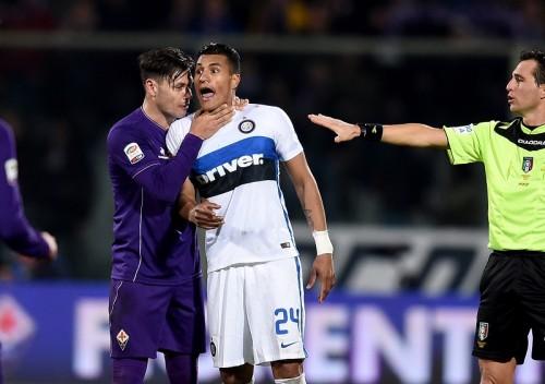 首絞め行為のフィオレンティーナFWサラテ、3試合の出場停止処分