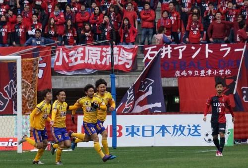 被災地への想いを背負った一戦は仙台が勝利…鹿島は開幕3連勝ならず