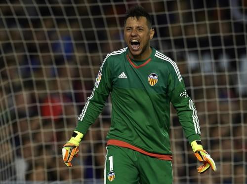 バレンシア守護神、大ケガを克服し10カ月ぶりのブラジル代表復帰