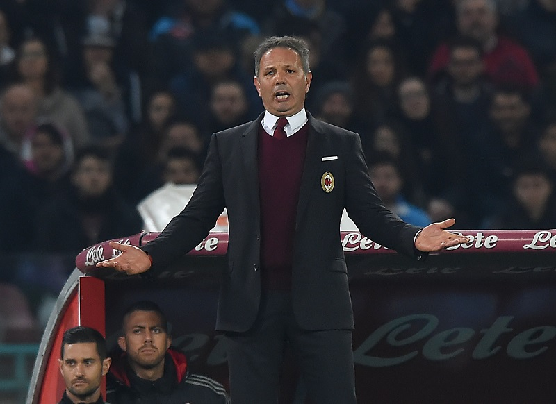 NAPLES, ITALY - FEBRUARY 22 :  Head coach of Milan, Sinisa Mihajlovic gestures during the Serie A between SSC Napoli and AC Milan at Stadio San Paolo on February 22, 2016 in Naples, Italy.   (Photo by Fabio Bozzani/Anadolu Agency/Getty Images)