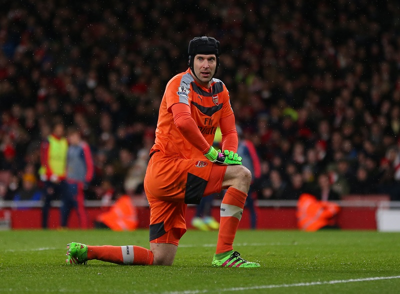 LONDON, ENGLAND - MARCH 02 :  Petr Cech of Arsenal during the Barclays Premier League match between Arsenal and Swansea City at the Emirates Stadium on March 02, 2016 in London, England.  (Photo by Catherine Ivill - AMA/Getty Images)