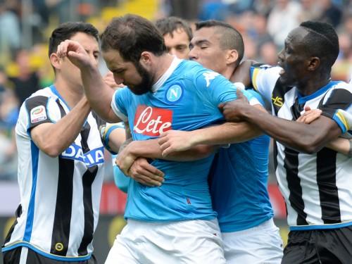 イグアイン、4試合の出場停止処分が決定…ナポリは異議申し立てへ