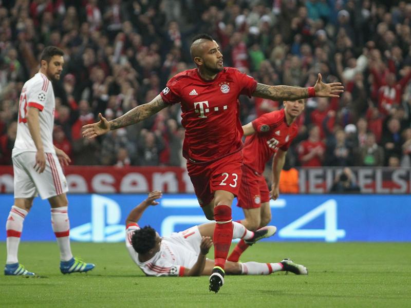 先制点を決めたビダル [写真]=Getty Images for FC Bayern