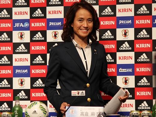 なでしこ新監督は初の女性指揮官、高倉麻子氏が就任…年代別代表で実績