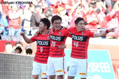 芸術的ボレー含む2ゴール…4月のJ1MVPは浦和FW李に、J2は山口MF庄司