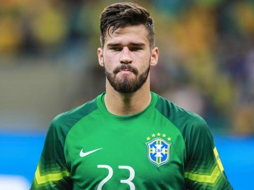 ローマ、守護神交代か…ブラジル代表GK獲得、シュチェスニーは退団へ