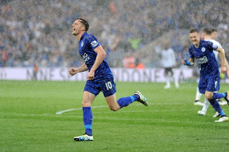 追加点を奪って喜ぶMFキング [写真]=Leicester City FC via Getty Images