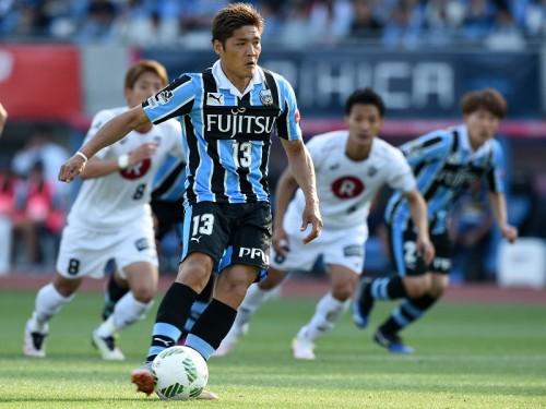 川崎が連勝で暫定首位浮上…J1・350試合出場の大久保が2ゴールで逆転に導く