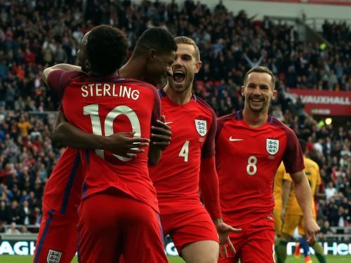 18歳の新星がデビューゴール…イングランドがオーストラリアを撃破