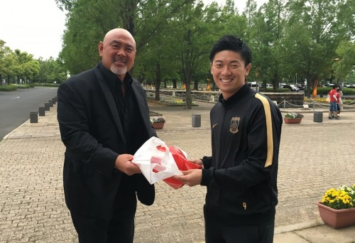 埼スタ訪問の武藤敬司氏、お目当ての武藤雄樹はベンチ外も乱闘寸前の騒動に「血が騒ぎました」