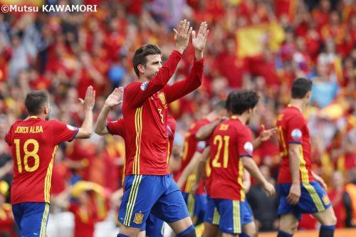 【写真ギャラリー】3連覇狙うスペイン、苦しみながらもチェコに勝利(18枚)