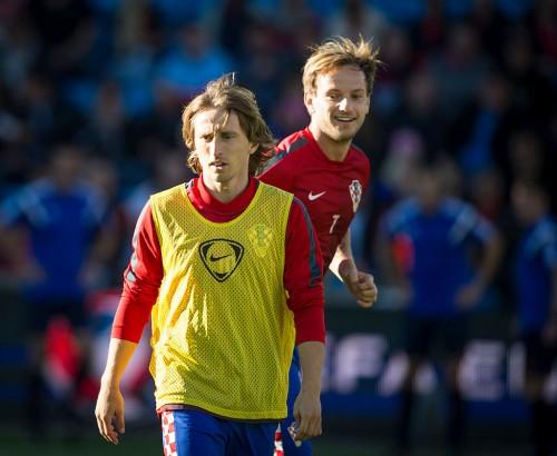 チームの団結に自信を示すクロアチア代表のラキティッチとモドリッチ「僕達はもはや友人ではなく兄弟」