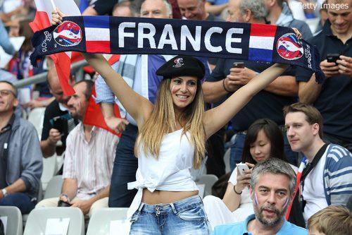 【写真ギャラリー】ユーロ2016、サッカーの祭典に各国の美女が集結!(53枚)