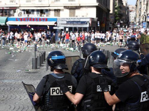 暴動防止へ…ユーロ開催中の仏政府、アルコール販売禁止を試合開催地に要請