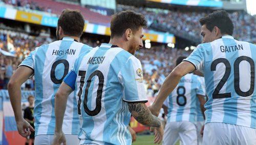 アルゼンチンが4発大勝で準決勝進出…メッシが代表通算最多得点記録に並ぶ