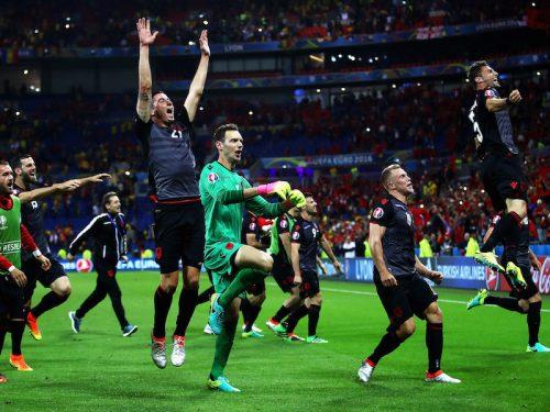 3試合で3種類…歴史的勝利を挙げたアルバニアのユニフォームに注目!
