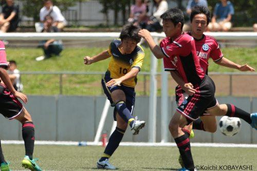 冨山大輔が豪快ミドル…昨季4強の関東第一、駒澤大高を下して2年連続の全国大会へ