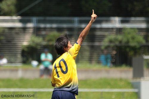 勝負の後半に決勝ゴール…関東第一FW冨山大輔、全国での4強越えを誓う「目標は優勝」