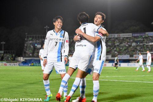 川崎が15戦負けなしで首位堅守、快勝の浦和も追走…好調の鳥栖が3位に/J1・2nd第6節