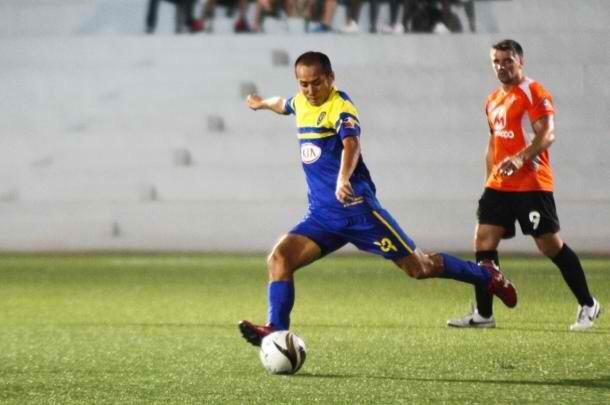 2011~15年はフィリピンの強豪クラブのひとつ「グローバルFC」でプレーしていた星出選手。