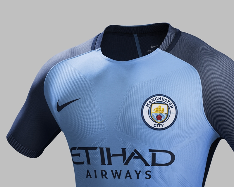 Su16_CK_Comms_H_Crest_Match_Man_City_R_original