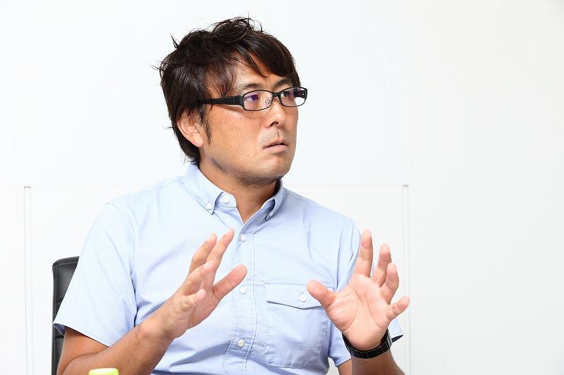 外池 大亮(とのいけ だいすけ)/1975年横浜市生まれ。早稲田大学を卒業後の1997年にベルマーレ平塚(現・湘南ベルマーレ)に加入。以降、横浜F・マリノス、大宮アルディージャ、ヴァンフォーレ甲府、サンフレッチェ広島、モンテディオ山形、湘南ベルマーレで活躍し、2007年に現役を引退。大手広告代理店の勤務を経て、13年にスカパーJSAT株式会社へ入社。