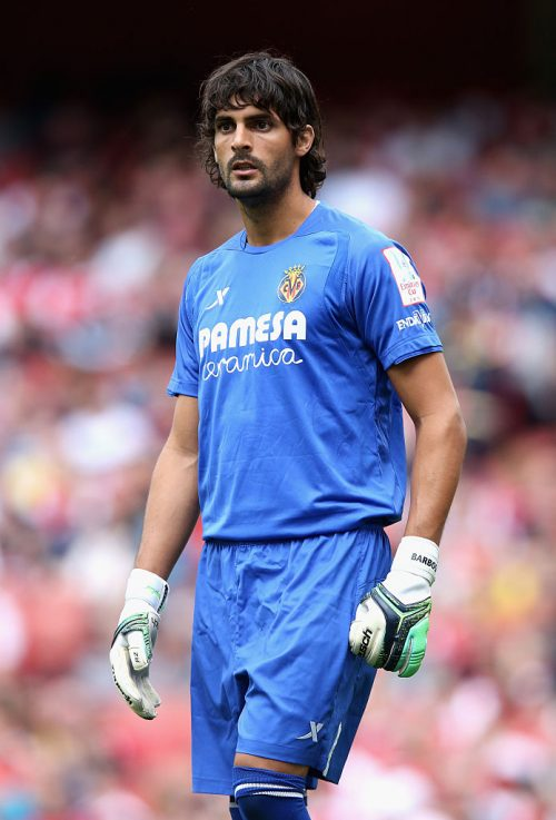 LONDON, ENGLAND - JULY 25:  Mariano Barbosa of Villareal looks on during the Emirates Cup match between VfL Wolfsburg and Villareal at the Emirates Stadium on July 25, 2015 in London, England.  (Photo by David Rogers/Getty Images)