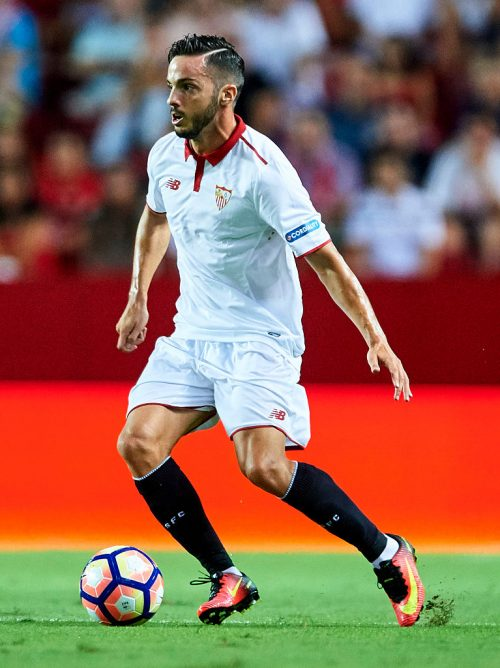 SEVILLE, SPAIN - AUGUST 20:  Pablo Sarabia of Sevilla FCin action during the match between Sevilla FC vs RCD Espanyol as part of La Liga at Estadio Ramon Sanchez Pizjuan on August 20, 2016 in Seville, Spain.  (Photo by Aitor Alcalde/Getty Images)