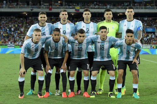 """苦難続きのアルゼンチン、初戦は黒星も…選手村で""""五輪ムード""""を満喫"""