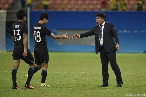 """日本、初勝利ならずも…指揮官は選手を称賛「""""谷間の世代""""が世界で勝ち点1を取った日」"""