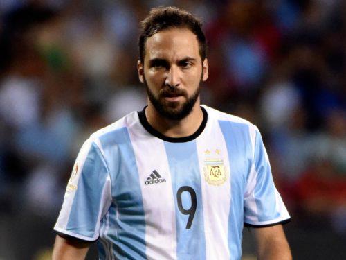 """""""メッシ問題""""解決のアルゼンチン…今度はイグアインが代表招集を拒否"""