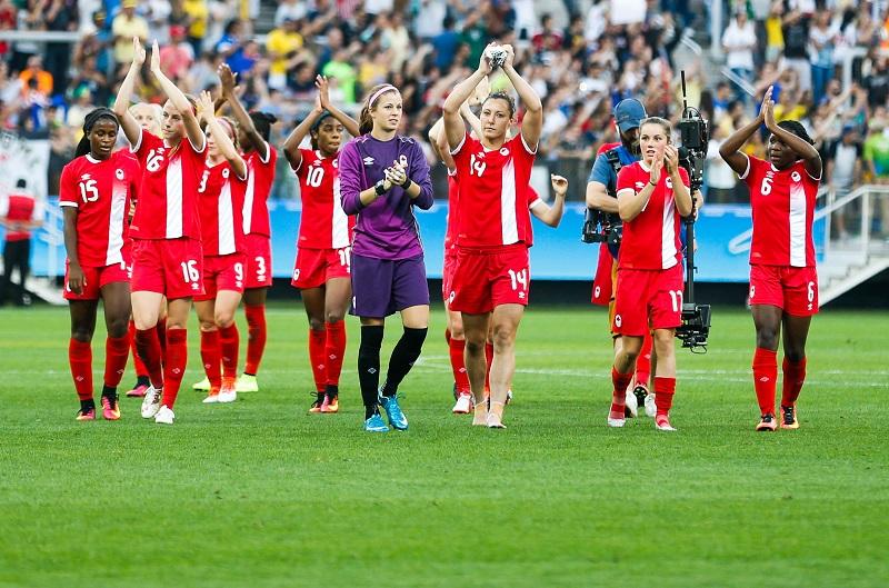 2連勝でグループステージ突破を決め、喜ぶカナダイレブン [写真]=Getty Images