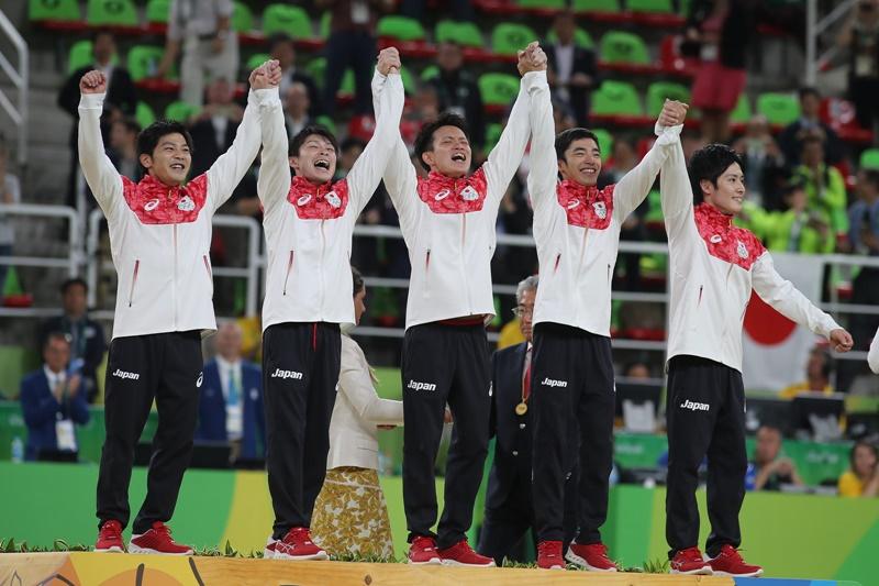 リオ五輪で金メダルを獲得した体操男子団体メンバー [写真]=Getty ImagesCorbis via Getty Images